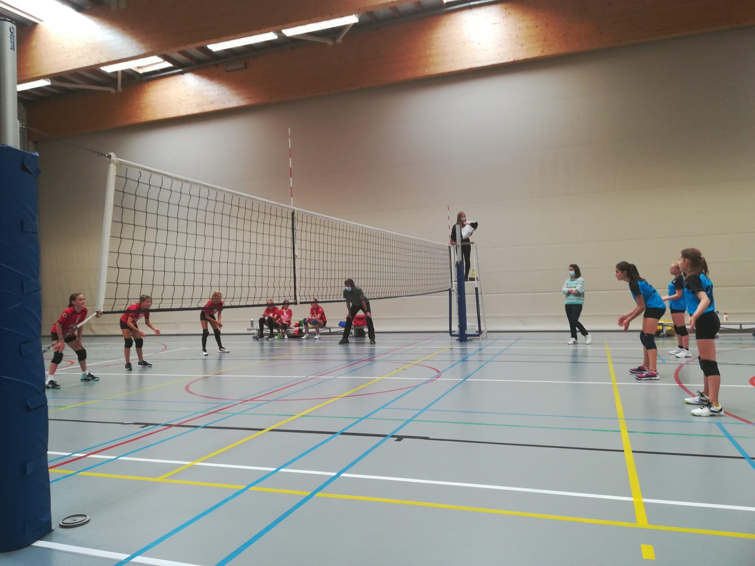 Eerste oefenmatchen voor onze U13A en U13B meisjes